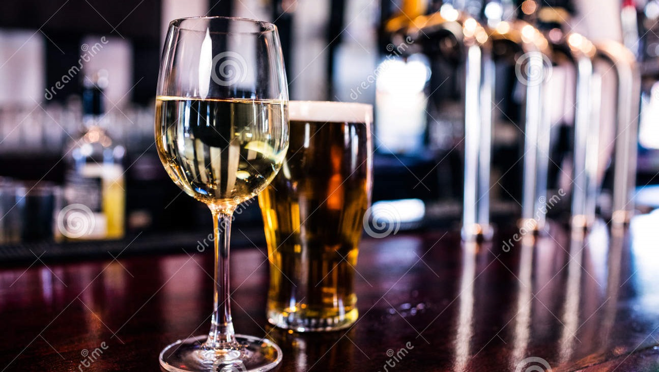 close-up-glass-wine-beer-bar-66153785 16x9 crop